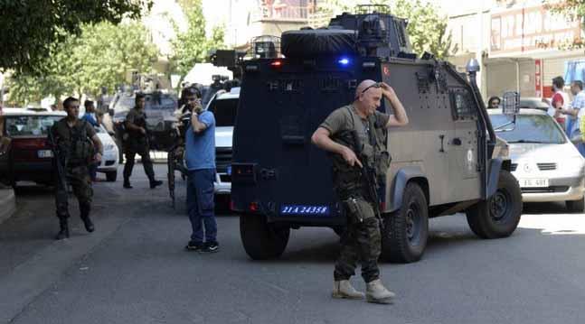 Turkey arrests hundreds of suspected Kurdish IS militants